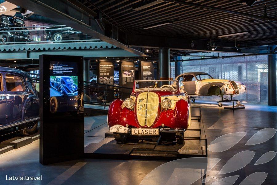 Motor Museum visit in Estonia and Latvia